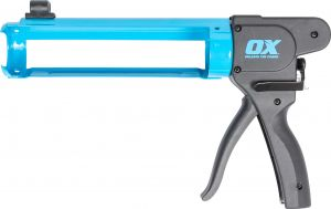 Pro Rodless Caulk Gun 10oz   7:1 Thrust Ratio